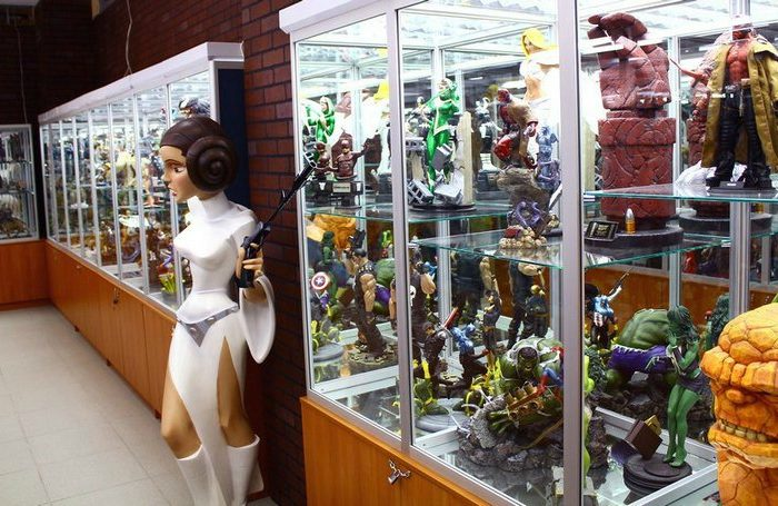 Музей фигурок героев комиксов и кино «Арт Герои»
